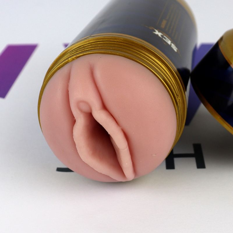 Lata Fleshlight vagina